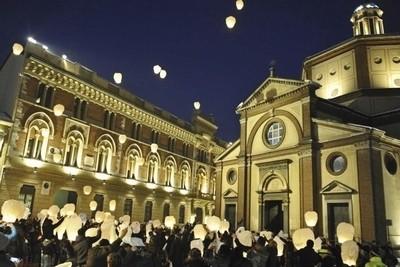 50 Lanterne Volanti accendino per matrimonio sposi in offerta: confezione con sconto