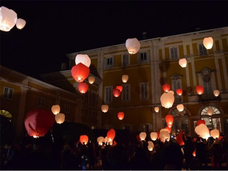 Lanterne Volanti Rosse