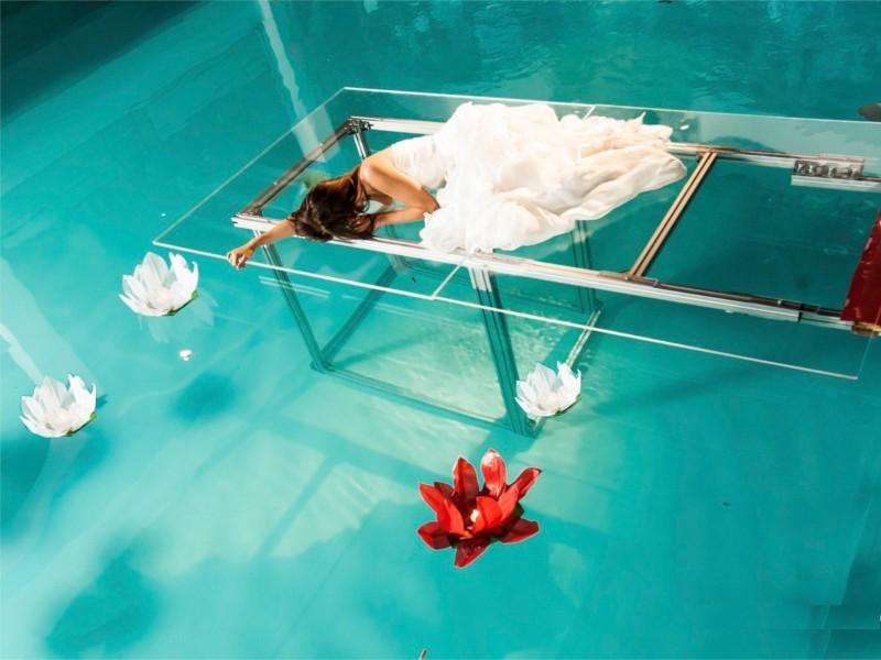 Ninfea - Lanterne Galleggianti luminosi da mettere in piscina per un fashion show wedding matrimonio