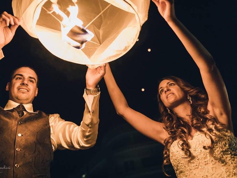 La festa del paese con le nostre lanterne volanti certificate e ignifughe per la vostra sicurezza
