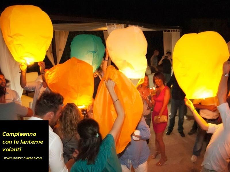 potete anche scrivere un auguro o desiderio su queste lanterne cinesi volanti luminosi