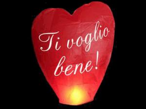 La lanterna volante personalizzata a forma di cuore con il tuo testo, la tua foto o il tuo logo, per un matrimonio, un anniversario, pubblicità, san Valentino o altra festa, pronto per l'uso, carta ignifuga e biodegradabile e certificata