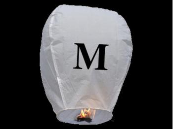 witte wens ballon vliegende lantaarn klaar voor gebruik, gemaakt met brandwerend en biologisch afbreekbaar papier, sterke brander, het volstaat de lantaarn te openen, de brander aan te steken en hij vliegt vanzelf, schrijf je wens in de lucht met deze vliegende lantaarn met letter M
