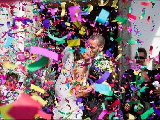 Confetti Shooter Coloured