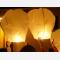 Lanterna Volante Bianca a forma di mongolfiera: Le nostre lanterne volanti pronte per l'uso, facile da usare, per un anniversario, un matrimonio, una laurea o qualsiasi altra festa, certificata, ignifuga e biodegradabile